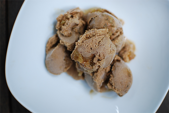 gingerbread ale ice cream