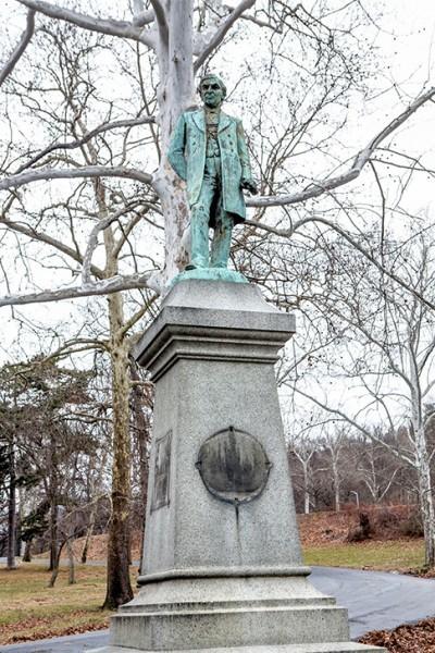 Frederick Laurer Monument.jpg