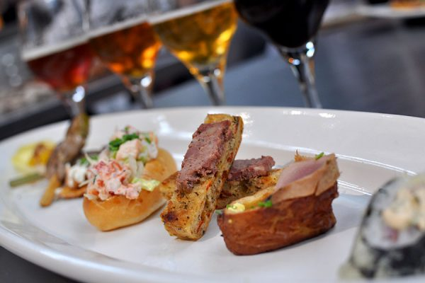 10 Beer and Food Pairing Trends We Love for Summer