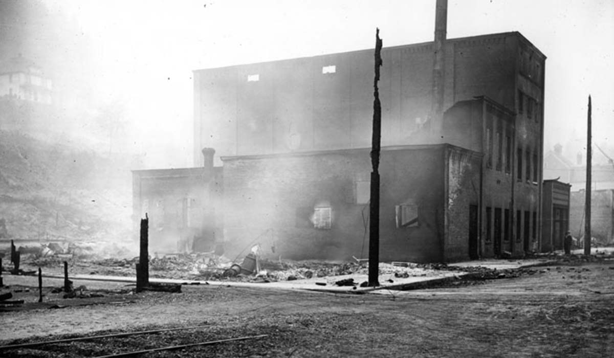 Wallace brewing building 1910 fire