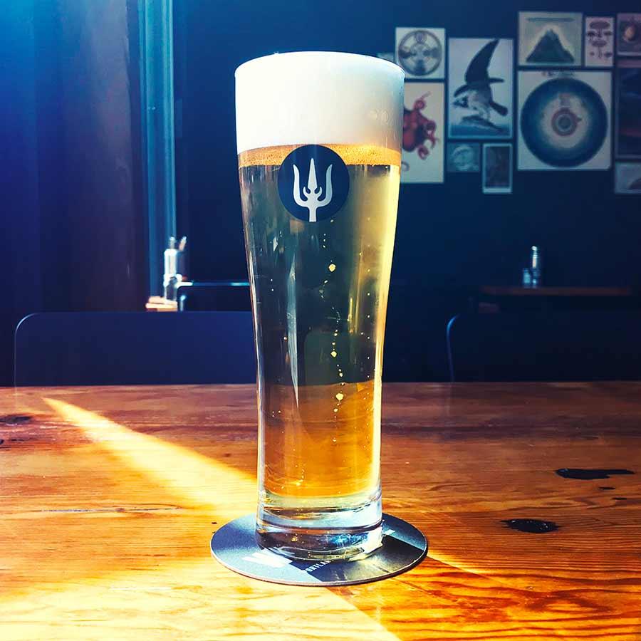 wayfinder beer italian-style pilsner