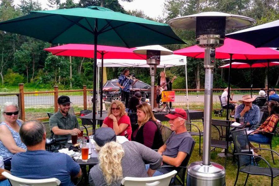 discovery bay brewing beer garden