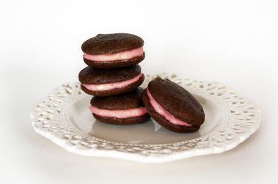 Imperial Stout Chocolate & Raspberry Beer Cream Whoopie Pies