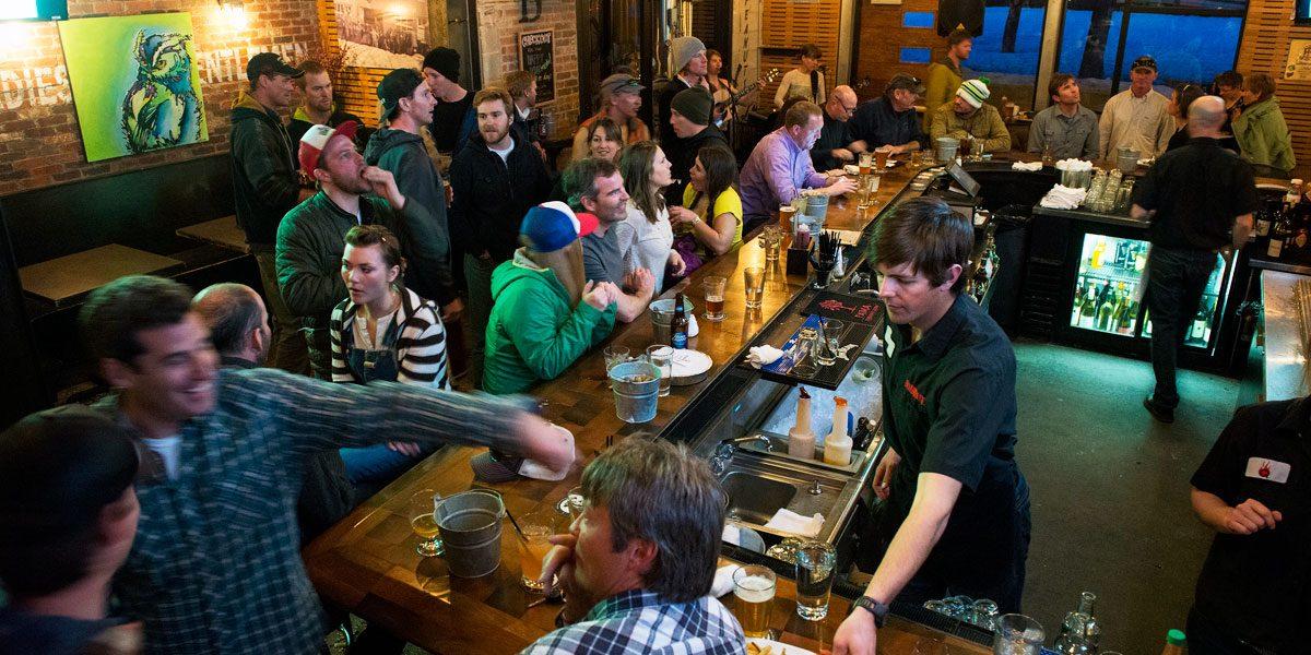 Q Bar, Wyoming